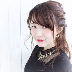 ハーフアップ ロング ヘアピン ヘアアレンジ ヘアスタイルや髪型の写真・画像