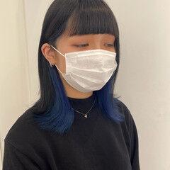 ブリーチ ブルー インナーカラー ストリート ヘアスタイルや髪型の写真・画像