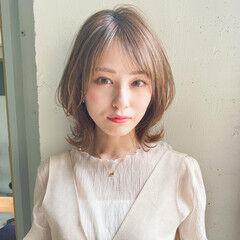 ミディアム アンニュイほつれヘア ウルフカット 簡単ヘアアレンジ ヘアスタイルや髪型の写真・画像