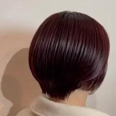 レッドブラウン ショートボブ ショート フェミニン ヘアスタイルや髪型の写真・画像