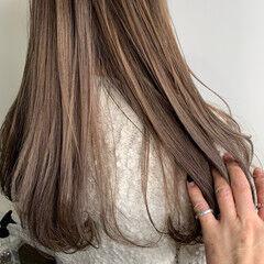 ブリーチ必須 ダブルカラー ナチュラル セミロング ヘアスタイルや髪型の写真・画像