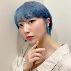 耳掛けショート ストリート ショートボブ ブルーアッシュ ヘアスタイルや髪型の写真・画像