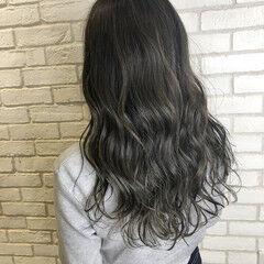 デート ハイライト 髪質改善 グレージュ ヘアスタイルや髪型の写真・画像