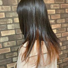 ロング アプリコットオレンジ インナーカラー 透明感 ヘアスタイルや髪型の写真・画像