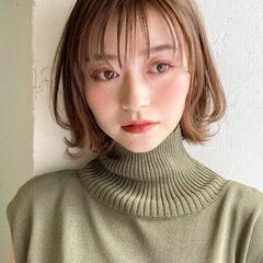 秋ブラウン フェードカット グラデーションボブ ヘアカット ヘアスタイルや髪型の写真・画像