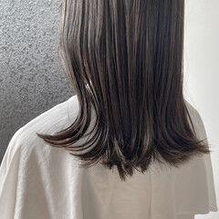 透明感カラー ナチュラル オリーブブラウン ミディアム ヘアスタイルや髪型の写真・画像