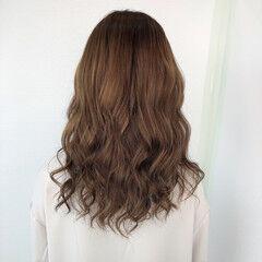 セミロング エレガント グラデーションカラー 髪質改善トリートメント ヘアスタイルや髪型の写真・画像
