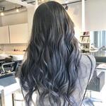 エレガント ブルーグラデーション ロング 巻き髪