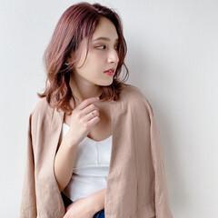 インナーカラー モード ピンクブラウン ラベンダーピンク ヘアスタイルや髪型の写真・画像