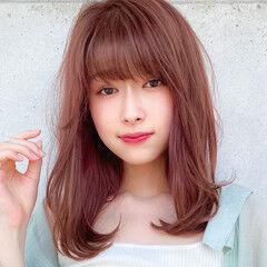 ミディアムレイヤー コンサバ 小顔 レイヤー ヘアスタイルや髪型の写真・画像