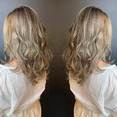 ハイライト エレガント グラデーションカラー ミディアム ヘアスタイルや髪型の写真・画像