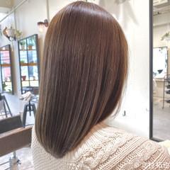 シアーベージュ グレージュ ブリーチなし ミディアム ヘアスタイルや髪型の写真・画像