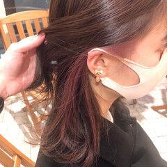 インナーラベンダー イヤリングカラー ガーリー ミディアム ヘアスタイルや髪型の写真・画像