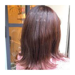 セミロング ツヤ髪 外ハネ イルミナカラー ヘアスタイルや髪型の写真・画像