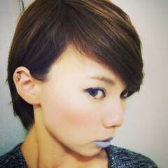 ショート ストリート フェス 丸顔 ヘアスタイルや髪型の写真・画像