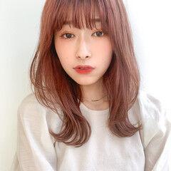 ミディアム イヤリングカラー 髪質改善トリートメント 鎖骨ミディアム ヘアスタイルや髪型の写真・画像