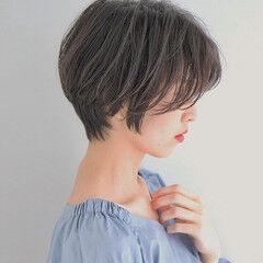 パーマ 比留川游 センターパート 抜け感 ヘアスタイルや髪型の写真・画像