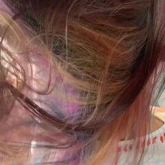 デザインカラー インナーカラー レインボー フェミニン ヘアスタイルや髪型の写真・画像