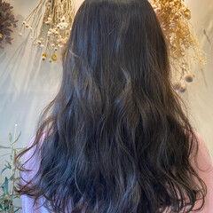 アッシュグレージュ 大人可愛い フェミニン グレージュ ヘアスタイルや髪型の写真・画像