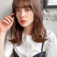 ミディアム 暖色 ナチュラル レイヤーカット ヘアスタイルや髪型の写真・画像
