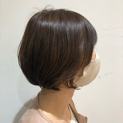 グレーアッシュ ボブ ナチュラル ワンカールパーマ ヘアスタイルや髪型の写真・画像