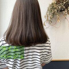 緑 マット セミロング 切りっぱなしボブ ヘアスタイルや髪型の写真・画像