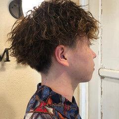 無造作パーマ スパイラルパーマ メンズパーマ ストリート ヘアスタイルや髪型の写真・画像
