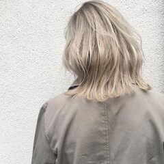 外国人風 ナチュラル 秋 グレージュ ヘアスタイルや髪型の写真・画像