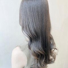 ロング 透明感カラー ブルージュ フェミニン ヘアスタイルや髪型の写真・画像