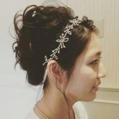 ヘアアレンジ ミディアム カチューシャ ブライダル ヘアスタイルや髪型の写真・画像