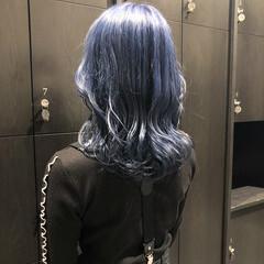 ミディアム ネイビーブルー ネイビーカラー ネイビー ヘアスタイルや髪型の写真・画像