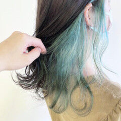 セミロング 透明感カラー ナチュラル インナーカラー ヘアスタイルや髪型の写真・画像
