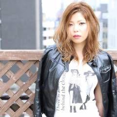 渋谷系 アッシュ セミロング ロック ヘアスタイルや髪型の写真・画像