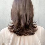 鎖骨ミディアム ミディアム 髪質改善トリートメント オリーブベージュ