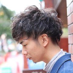 スパイラルパーマ ストリート メンズスタイル ショート ヘアスタイルや髪型の写真・画像