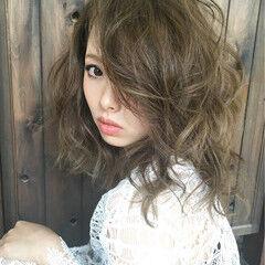 アッシュ ストリート セミロング ハイライト ヘアスタイルや髪型の写真・画像