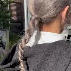 モード セミロング ホワイトシルバー ホワイトアッシュ ヘアスタイルや髪型の写真・画像