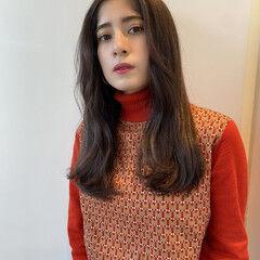 美髪 イルミナカラー ナチュラル ロング ヘアスタイルや髪型の写真・画像