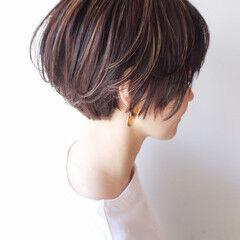 横顔美人 ショート コンサバ ハイライト ヘアスタイルや髪型の写真・画像