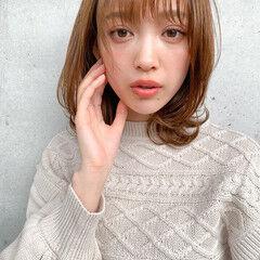 レイヤーカット デジタルパーマ ミディアム 小顔ヘア ヘアスタイルや髪型の写真・画像