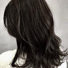 ナチュラル ミディアム ダークカラー 大人ハイライト ヘアスタイルや髪型の写真・画像