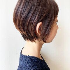 コンサバ ショート ばっさり 丸みショート ヘアスタイルや髪型の写真・画像