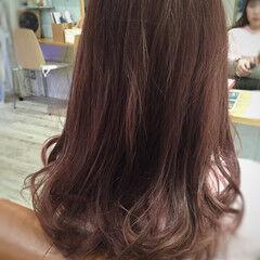 ガーリー セミロング 冬 ベリーピンク ヘアスタイルや髪型の写真・画像