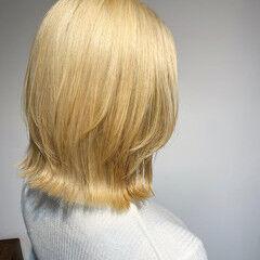 ホワイトカラー ボブ ラベージュ 大人ハイライト ヘアスタイルや髪型の写真・画像
