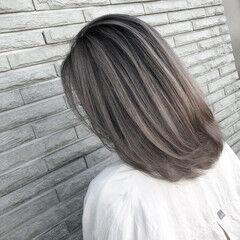 ストリート バレイヤージュ ママ レイヤーカット ヘアスタイルや髪型の写真・画像