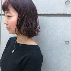 ボブ 暖色 ローズ ラズベリー ヘアスタイルや髪型の写真・画像