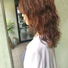 ウルフレイヤー ウルフカット ミディアム ウルフパーマヘア ヘアスタイルや髪型の写真・画像