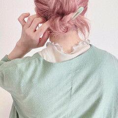 ナチュラル ピンク 簡単ヘアアレンジ ミディアム ヘアスタイルや髪型の写真・画像
