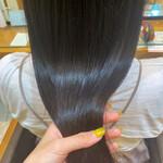 黒髪 髪質改善トリートメント ロング ナチュラル