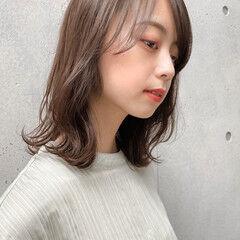 透明感 ミディアム 小顔ヘア インナーカラー ヘアスタイルや髪型の写真・画像